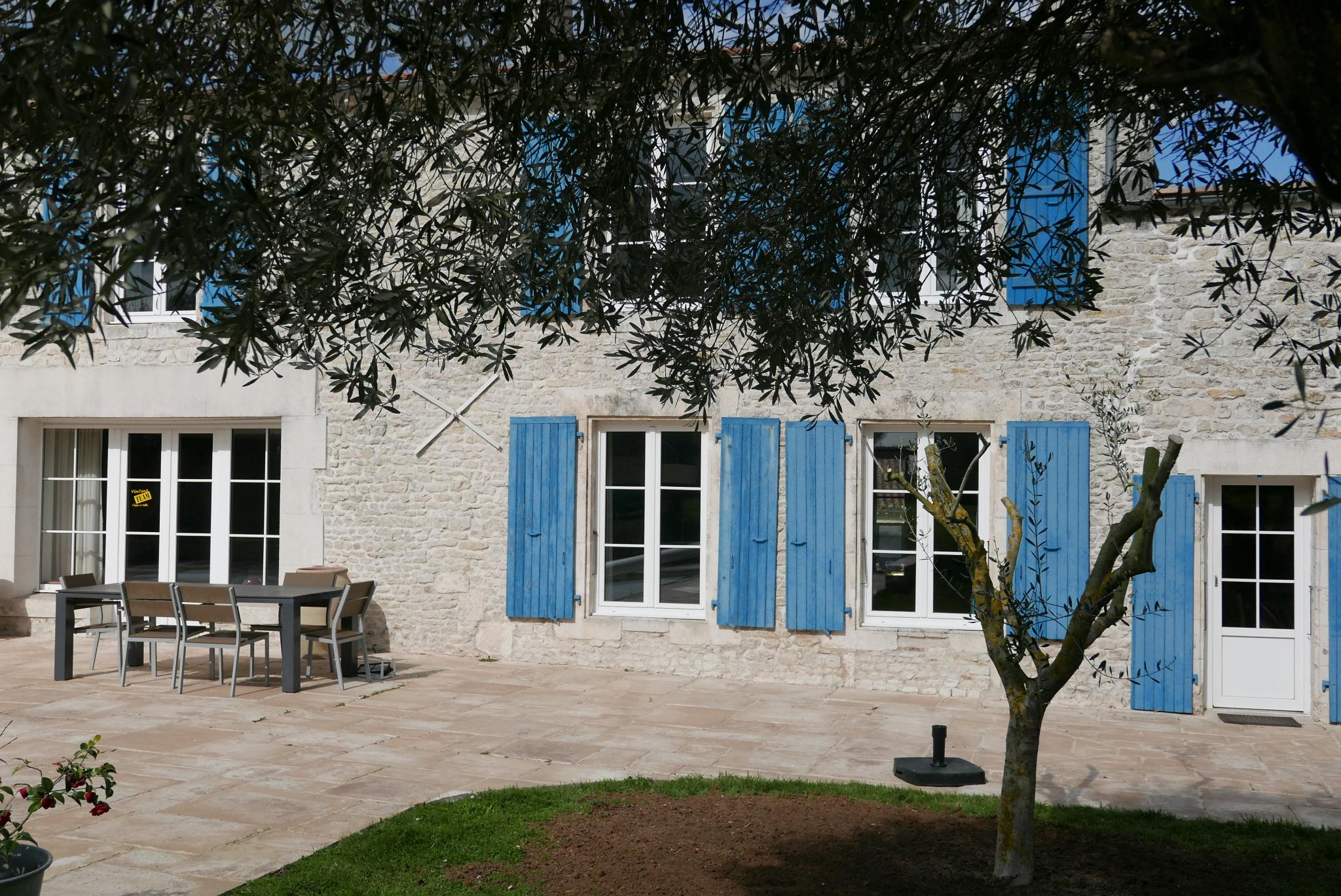 maison/villa st xandre MAGNIFIQUE PROPRIETE A 10 MINUTES DU CENTRE VILLE