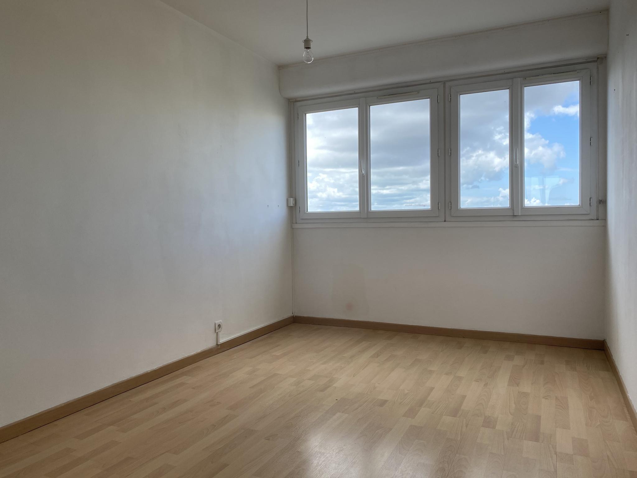 appartement la rochelle PROCHE COMMERCES ET COMMODITES - APPARTEMENT TYPE 3
