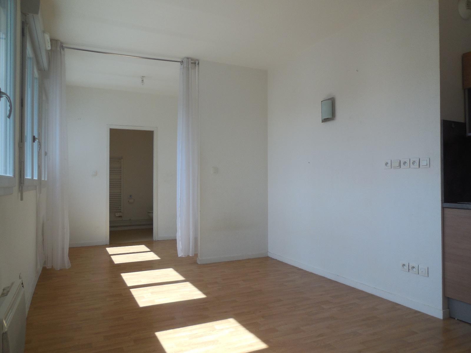 appartement la rochelle LA ROCHELLE - PROCHE MARCHE CENTRAL