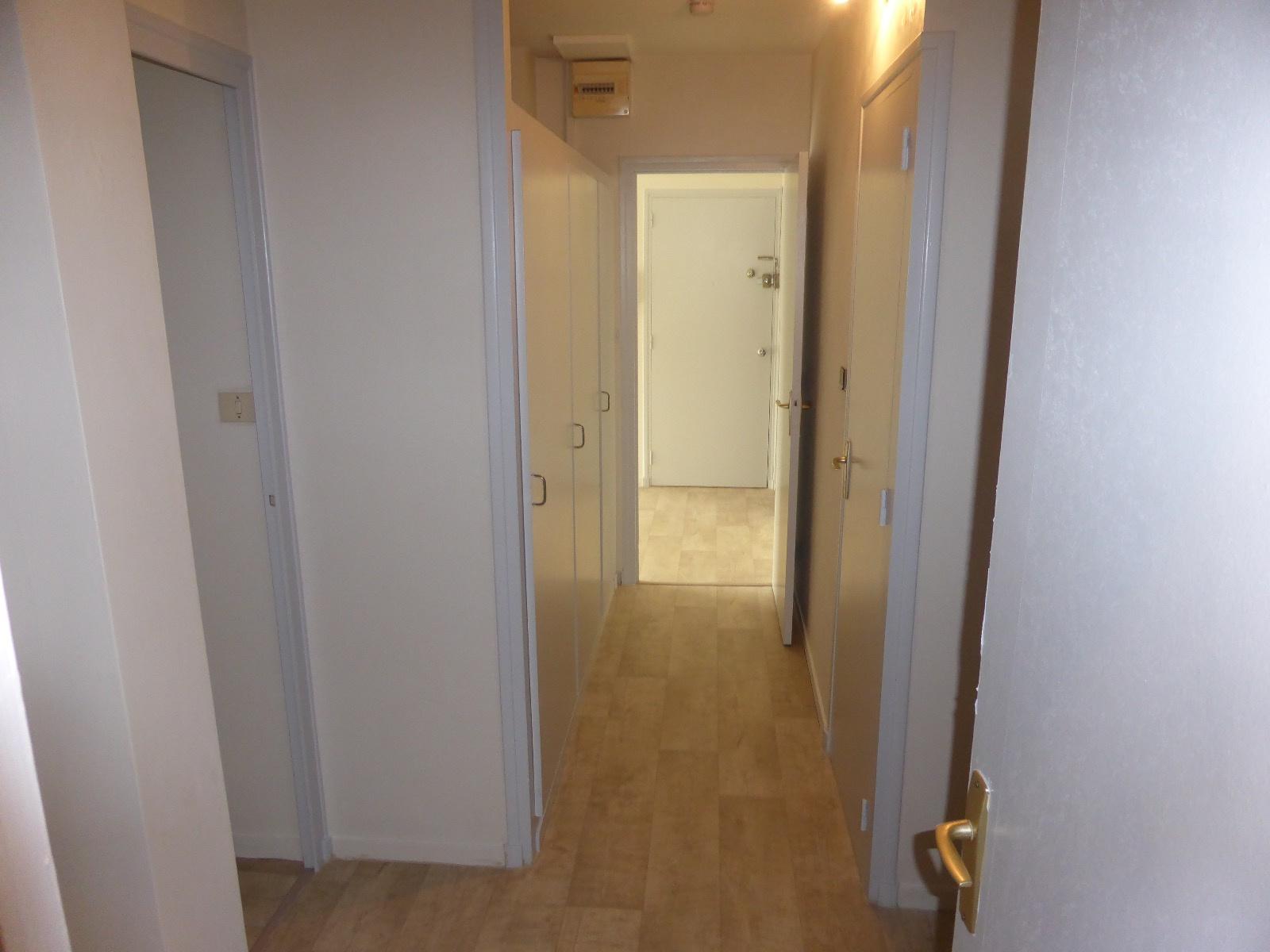 appartement la rochelle LA ROCHELLE - APPARTEMENT TYPE 4 - PROCHE COMMERCES