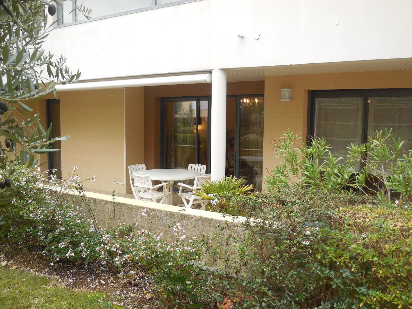 appartement la rochelle LA ROCHELLE - APPARTEMENT DE TYPE 3 - RESIDENCE DE STANDING